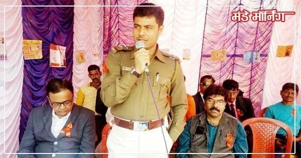 सीतारामपुर चभका रेडलाइट एरिया में एड्स दिवस पर संबोधित करते फाड़ी प्रभारी राहुल देव