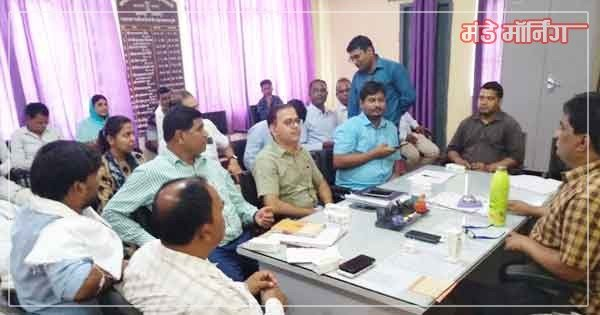 chhaatarpur-sdm-meeting-for-drinking-water